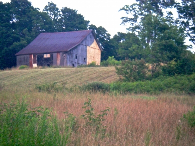 Guyette barn without the ell. Photo by Pleun Bouricius